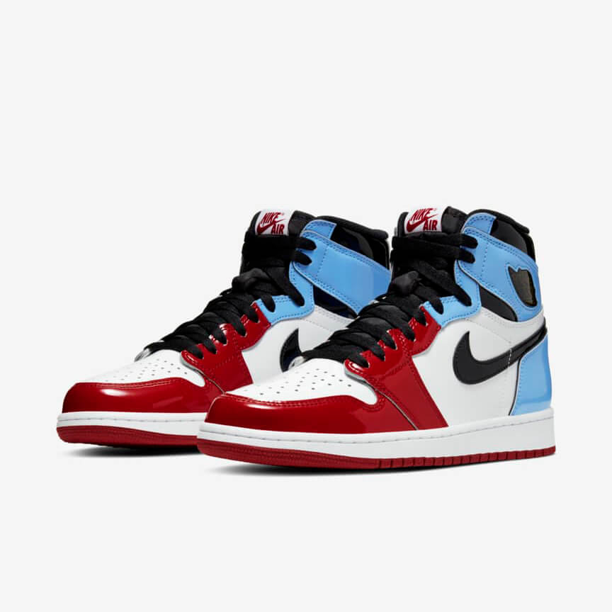 Chaussures Nike Air Jordan 1 Retro High Fearless Unc Chicago Pas Cher Blanche Bleu Rouge Femme Homme